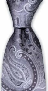 Mönster ton i ton med slipsens grundfärg
